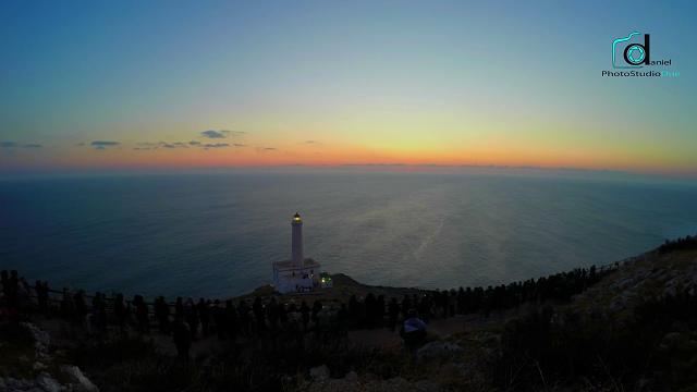 Otranto, la prima città d'Italia a vedere l'alba del 2017: lo spettacolo in timelapse