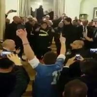 San Carlo, Maradona acclamato nel foyer