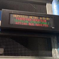 Terremoto, a Roma evacuata la metropolitana