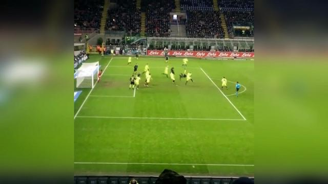 Inter, la spettacolare rovesciata di Murillo ripresa da un tifoso