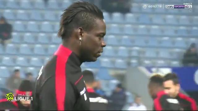 Bastia, ululati razzisti dei tifosi a Balotelli