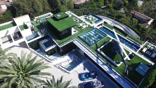 Los Angeles, dentro la casa più costosa degli Usa:  in vendita a 250 milioni