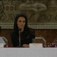 Cambogia: Angelina Jolie torna in pubblico dopo la separazione