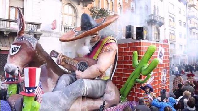 Carnevale 2017, a Gorizia sfila anche il carro dedicato a Trump e muro messicano
