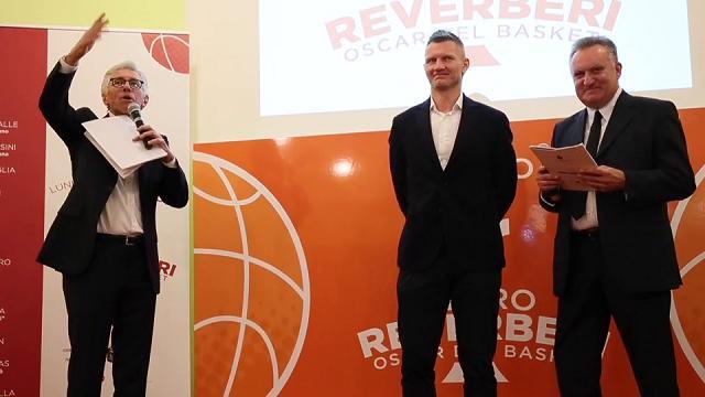 Kaukenas e Della Valle ricevono l'Oscar del basket