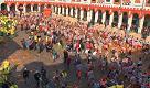 Carnevale Ivrea, la battaglia del lunedì da piazza Ottinetti