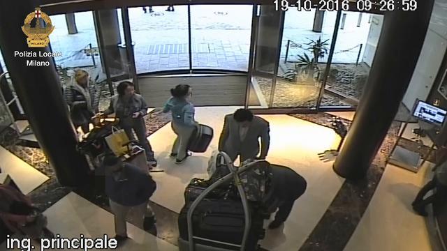 Milano, sgominata la banda dei trolley: rubavano i bagagli negli hotel di lusso