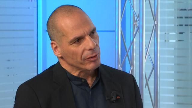 """Varoufakis: """"L'Europa è una commedia degli errori, la Grecia non pagherà mai il suo debito"""""""