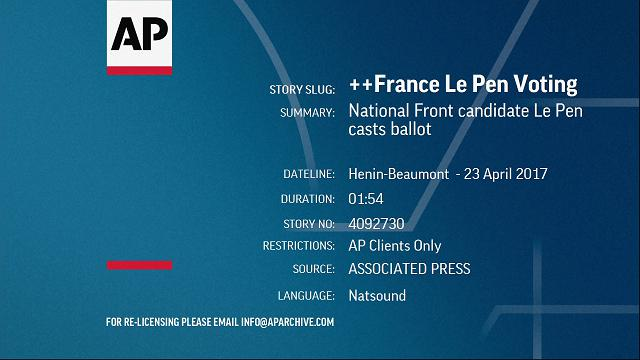 Elezioni Francia, Marine Le Pen vota nel suo feudo di Henin Beaumont