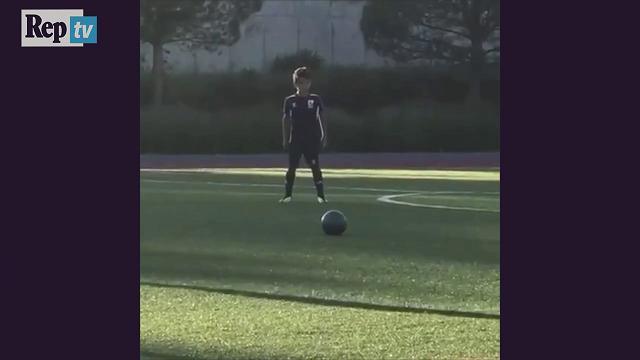 Cristiano junior fa esultare Ronaldo: CR7 e il rapporto speciale con suo figlio
