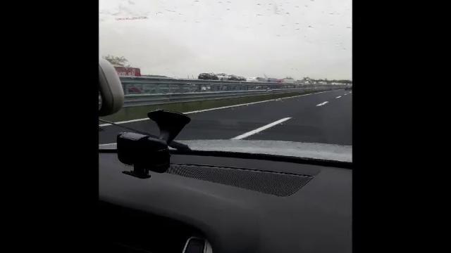 A4 intasata dai Tir: interminabile coda da Trieste verso Venezia