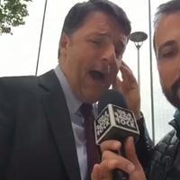 Karaoke Radio Rock, Matteo Renzi canta 'Ricominciamo'