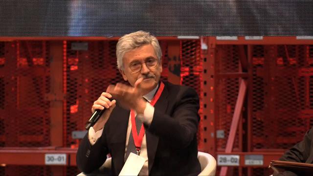 D'Alema contro Renzi: ''A sinistra non servono i finanzieri della Leopolda''