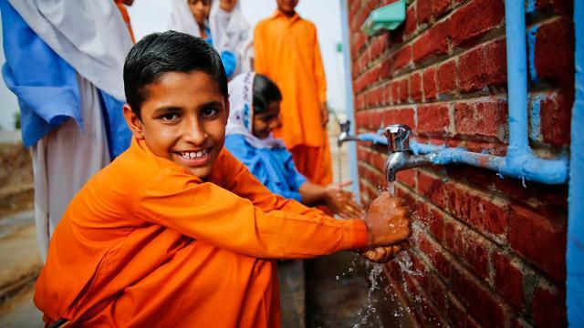 H&M Foundation, istruzione e acqua pulita nei paesi più poveri del mondo