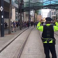 Manchester, panico al centro commerciale Arndale evacuato per allarme bomba
