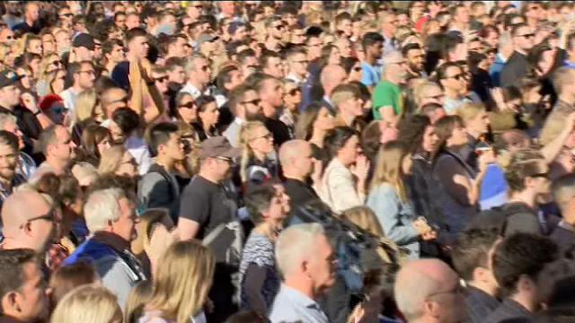 Attentato Manchester: in migliaia alla veglia per le vittime