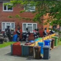 Attentato Manchester: il blitz delle teste di cuoio nella casa di Abedi