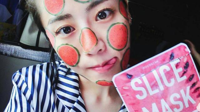 Bellezza viso: dalla Corea le maschere a fette, come la frutta tagliata