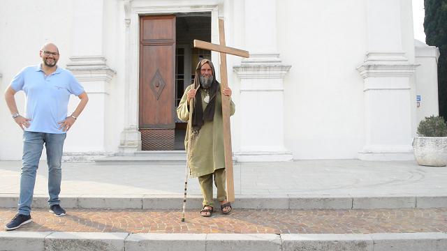 Da Palermo a Udine con la croce in spalla, ecco il missionario laico