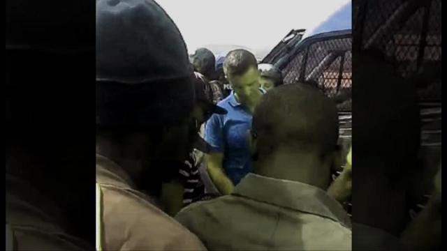 Cara di Mineo, migranti in rivolta bloccano la statale