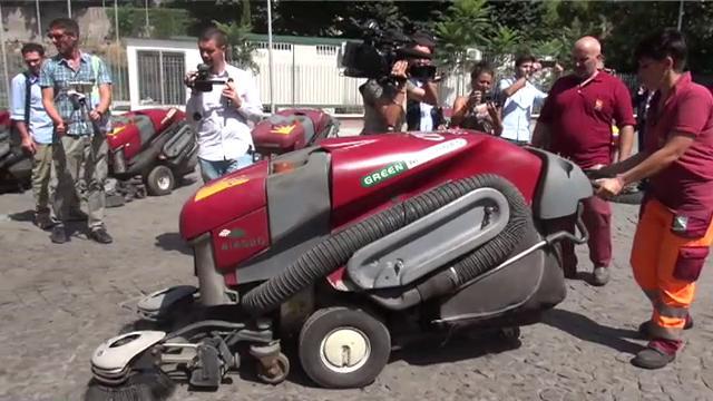 "Tornano in funzione le 'green machines"" per pulire Roma"