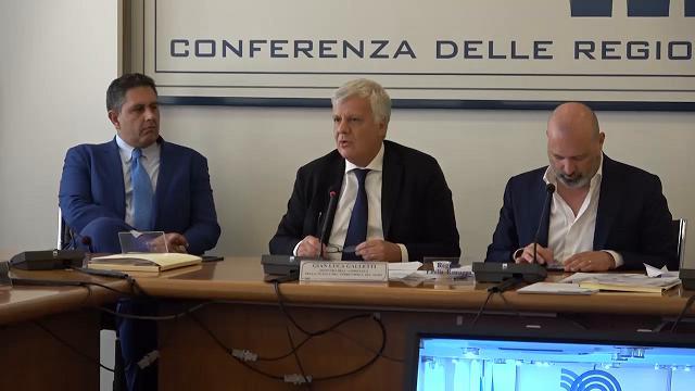 Emergenza idrica a Roma, Galletti: ''Situazione critica, ma togliere l'acqua non è soluzione''