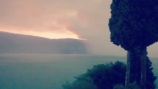 Lago di Garda, la tempesta perfetta ripresa in diretta