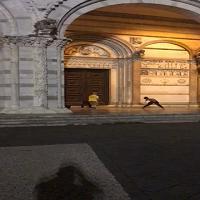 Ballano davanti alla Cattedrale: multati