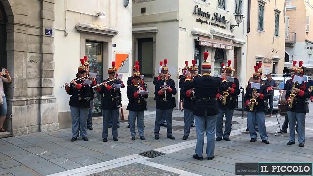 La banda Refolo omaggia i 130 anni di Carlo I