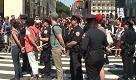 NY, proteste davanti Trump Tower: polizia arresta manifestanti per disturbo quiete pubblica