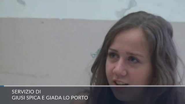 Palermo, è tornata a scuola Marta, la ragazza salvata dal 118