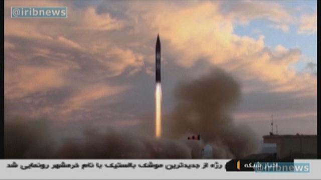 Iran, testato con successo il missile Khorramshahr: gittata fino a 2mila chilometri