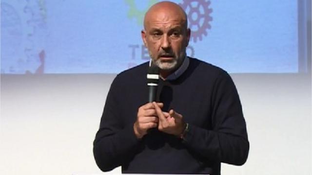 """Terremoto, Pirozzi (sindaco Amatrice): """"Su donazioni via sms tradita volontà dei cittadini"""""""