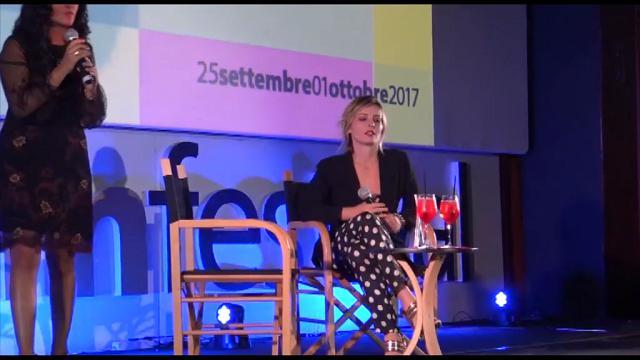 """Napoli, Violante Placido: """"La sfida di interpretare una napoletana al cinema"""""""