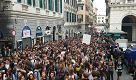 """'Siamo studenti non lavoratori"""", corteo 1000 giovani a Genova contro alternanza scuola-lavoro"""