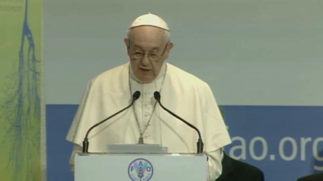 Fao, Papa Bergoglio: ''Disgrazia allontanamento Usa da accordo su clima''