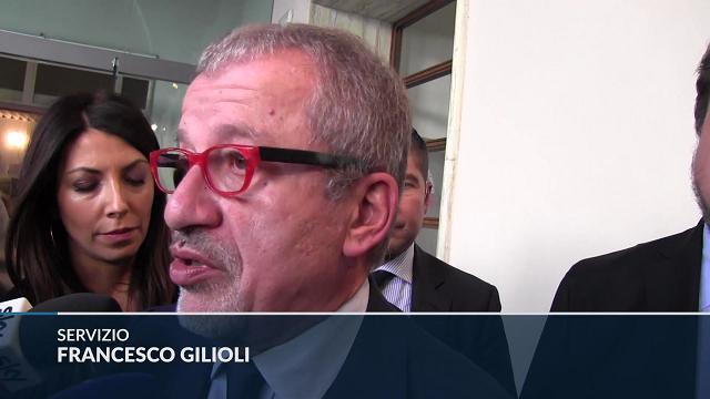 """Referendum, Maroni 'ingaggia' Gori: """"Farà parte della squadra nella trattativa con Gentiloni"""""""