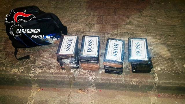 """Squestrata cocaina diretta alle """"piazze di spaccio"""" napoletane. Tre arresti"""