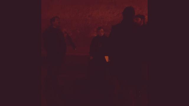 Napoli tagliata in due: cadono calcinacci, chiusa la galleria Laziale