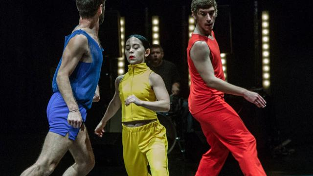"""Rule of Three"", in scena la danza dei millennials"