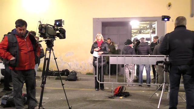 """Stupro Firenze, è scontro tra legali di studentesse e carabinieri: """"Salvarono il numero di cellulare dopo il fatto"""""""