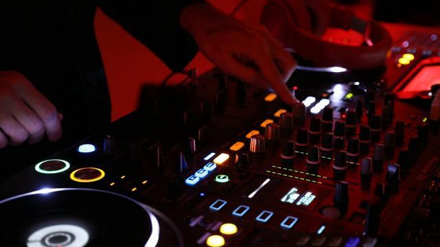 Giorgio Moroder tra disco dance e motori