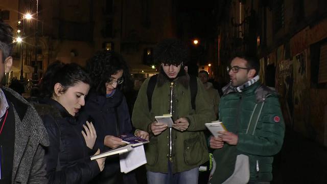 Napoli, libri gratis al centro storico per sostenere le piccole librerie