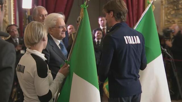 PyeongChang 2018, Mattarella consegna la bandiera italiana alla squadra olimpica e paralimpica