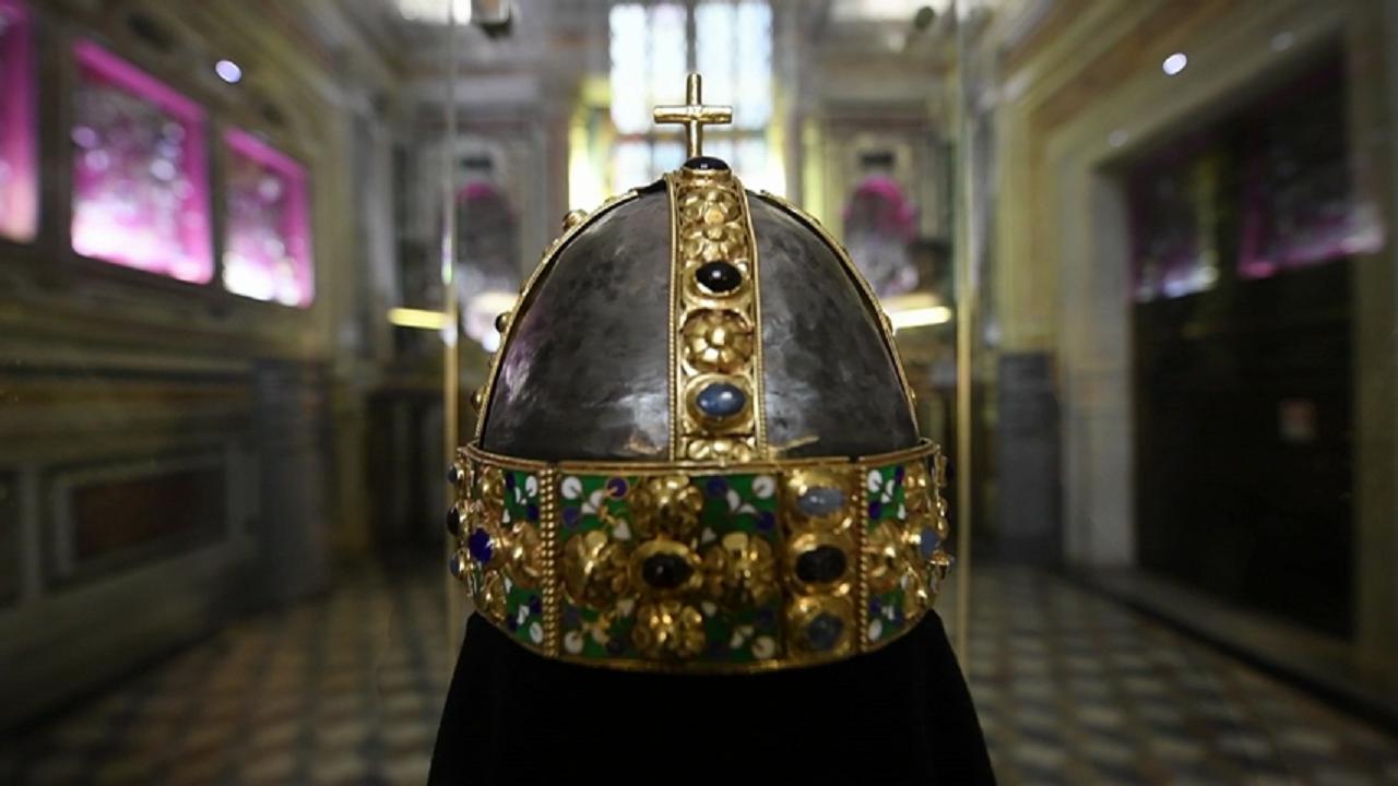 Museo di San Gennaro, ecco la copia originale della corona