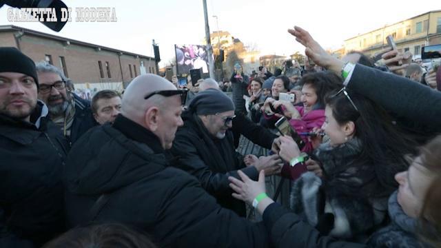 Vasco Rossi modenese: le chiavi di Modena e il bagno di folla