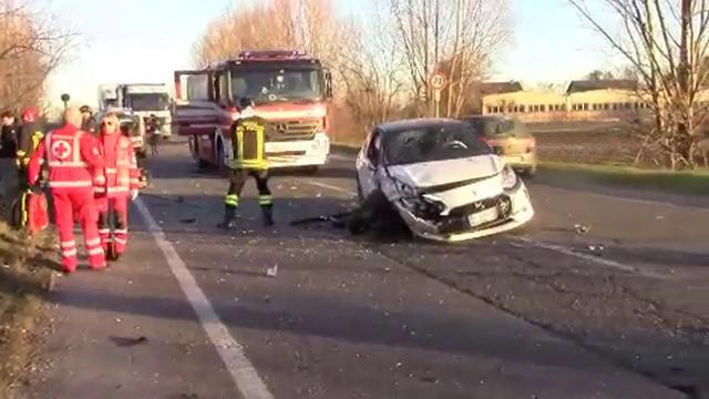 Reggio Emilia, violento incidente a Sesso: ferite tre donne