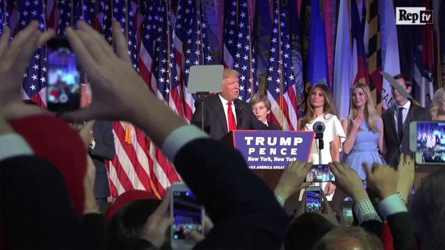 Trump: un anno di presidenza tra gaffe, distrazioni e stravaganze