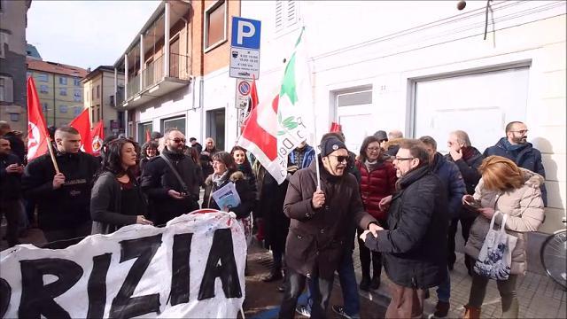 Gorizia, esponenti della X Mas ricevuti in Comune: momenti di tensione