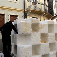Le statue di ghiaccio risplendono nelle vie di Pontebba